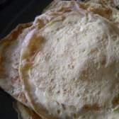 Рецепт блинов с крахмалом: тонкое и мягкое тесто