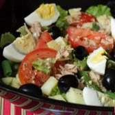 Салат с тунцом консервированным - рецепт